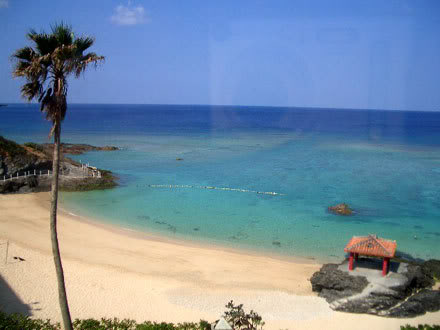 okinawa_beach_resort.jpg